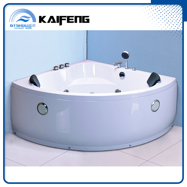 Self Cleaning Triangle Shaped Bathtub with Pillow